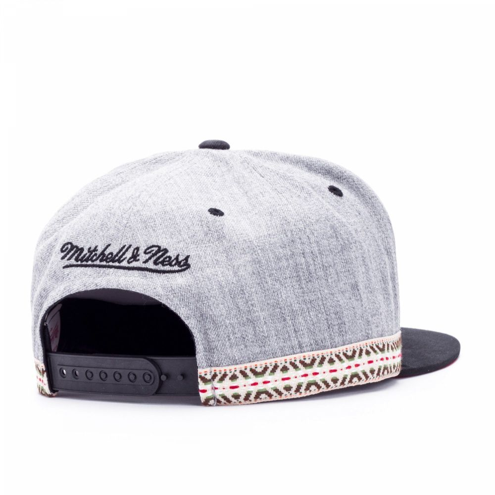Фото 2: БЕЙСБОЛКА MITCHELL&NESS TRIBAL BAND 131AZ SR