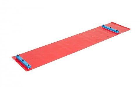 Отработка техники катания на коньках на тренажере (Slide Board).